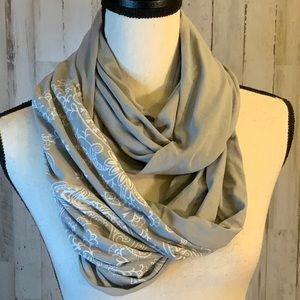 Infinity scarf by Buff. Multiple uses